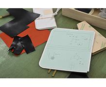 ウォレットの設計図。全て手作業で丁寧に微調整して作ります。