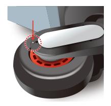 タイヤ脱着の際は、本体に突起の印がある側のキャップを取り外します。